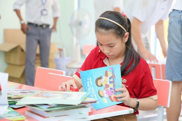 Đại sứ Văn hóa Đọc tặng sách và thư viện cho trường học tại An Giang - 2