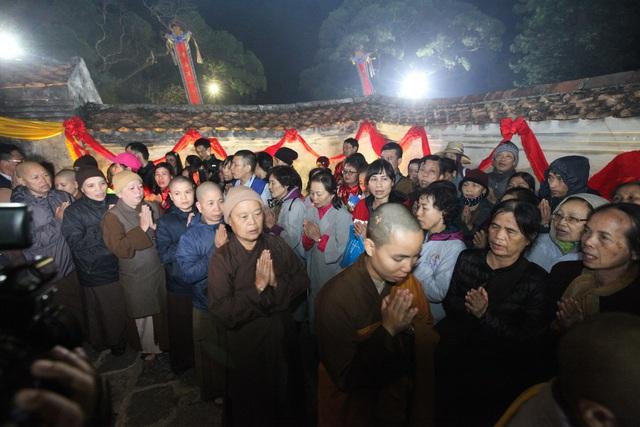 Hơn 5000 Phật tử về Yên Tử dự lễ tưởng niệm Phật hoàng Trần Nhân Tông - 8