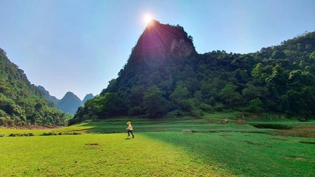 Dân phượt phát sốt với thung lũng tuyệt tình cốc đẹp quên lối về ở Cao Bằng - 10