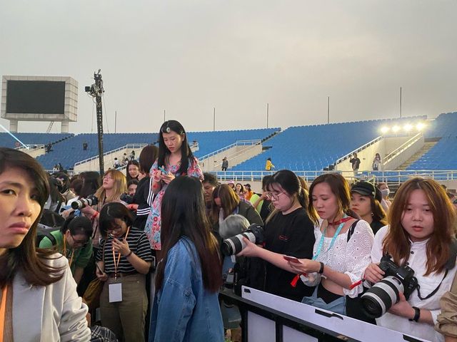 Lễ trao giải Nghệ sĩ châu Á gây tranh cãi vì hỗn loạn, Ban Tổ chức nói gì? - 3
