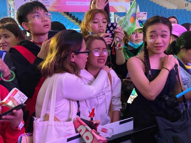 """Chuyện """"cuồng"""" thần tượng Hàn của giới trẻ Việt và """"nỗi sỉ nhục"""" sau một lễ trao giải - 2"""