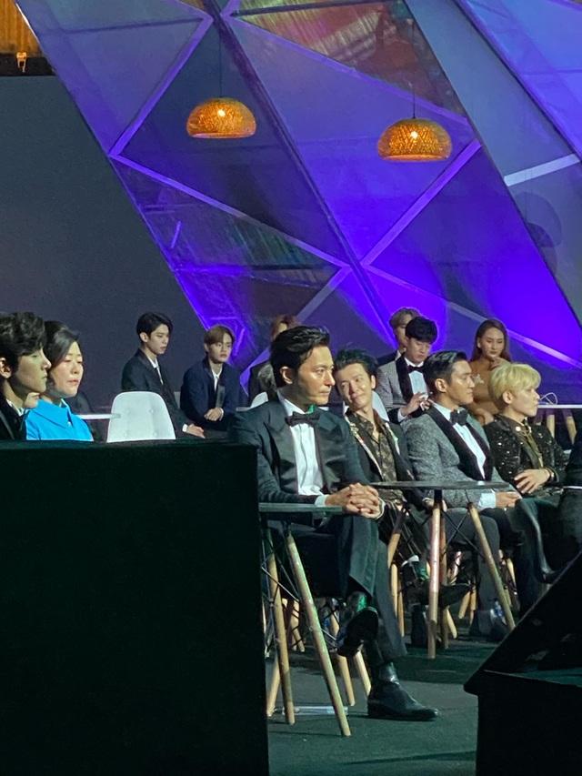 Lễ trao giải Nghệ sĩ châu Á gây tranh cãi vì hỗn loạn, Ban Tổ chức nói gì? - 8