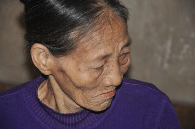 Bộ trưởng Đào Ngọc Dung chỉ đạo giúp đỡ người mẹ đau lòng phải nhốt con trong cũi sắt - 3