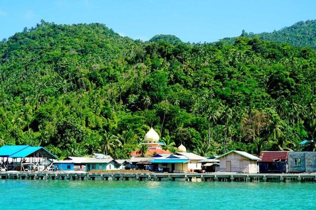Indonesia dùng ngoại giao mềm chống Trung Quốc ở Biển Đông - 1