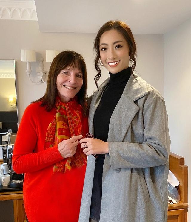 Chủ tịch Hoa hậu Thế giới ngợi khen dự án Nhân ái của Lương Thuỳ Linh - 1