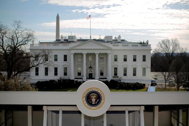 Mỹ phong tỏa Nhà Trắng, tòa nhà Quốc hội nghi vì chim - 1