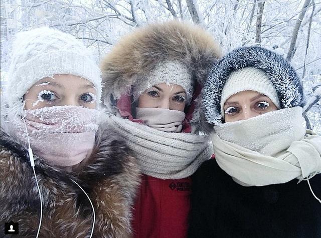Thị trấn lạnh cóng -67 độ C đến mức lông mi phủ tuyết - 3