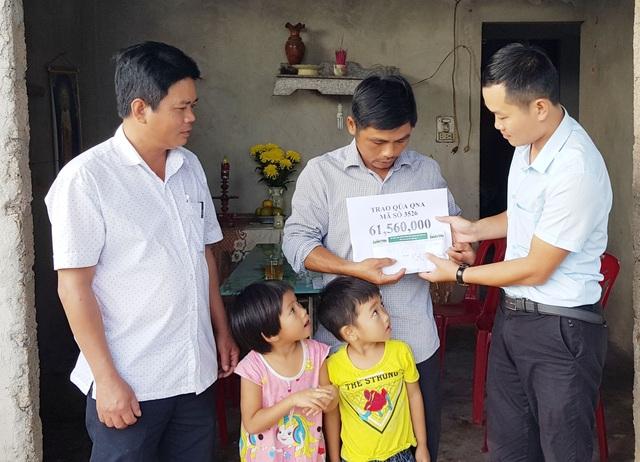 3 đứa trẻ thơ dại mồ côi mẹ được bạn đọc giúp đỡ hơn 61 triệu đồng - 2
