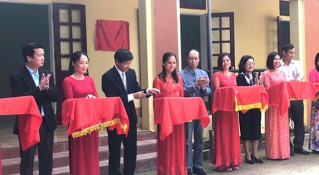 Tổng Biên tập báo Dân trí cùng Tổ chức Shinnyo - en Nhật Bản tặng 3 phòng học cho thầy trò xã miền núi - 5
