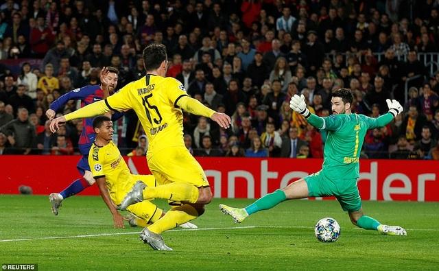 Messi tỏa sáng, Barcelona hạ Dortmund và giành vé đi tiếp - 8