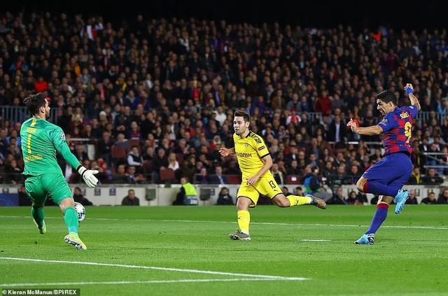 Messi tỏa sáng, Barcelona hạ Dortmund và giành vé đi tiếp - 1