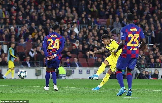 Messi tỏa sáng, Barcelona hạ Dortmund và giành vé đi tiếp - 9