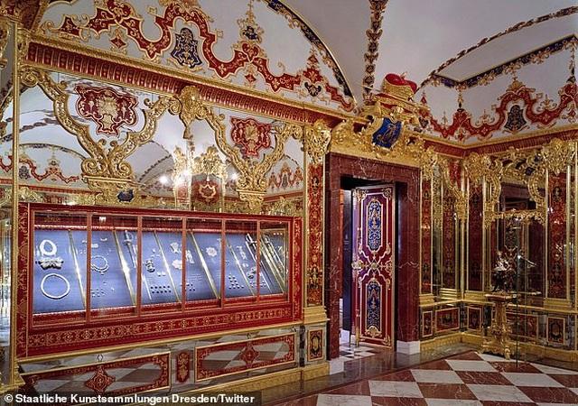 Tên trộm trúng độc đắc khi vớ được viên kim cương trị giá hơn 270 tỷ đồng từ bảo tàng Đức - 2