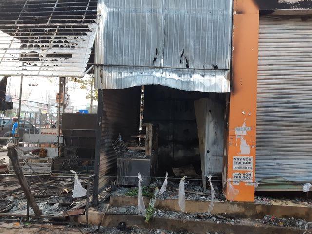 Kẻ phóng hỏa đốt nhà người tình khiến 2 thiếu nữ tử vong lĩnh án tử - 2