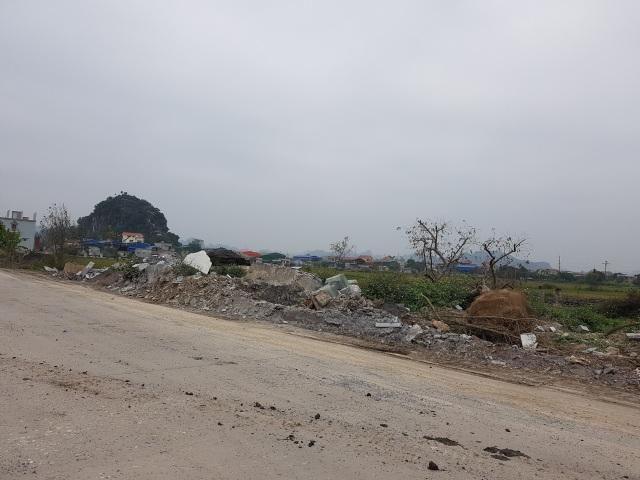 """Ninh Bình: Cận cảnh tuyến đường hơn 100 tỷ đồng chưa bàn giao đã """"nát bét""""! - 10"""