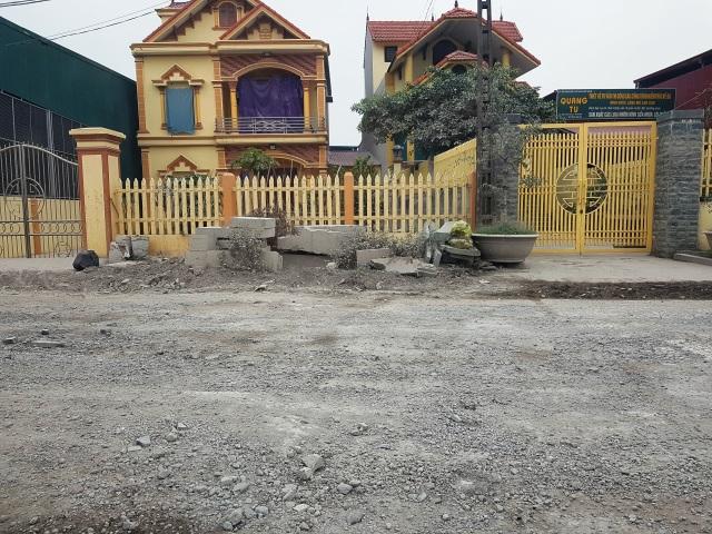 """Ninh Bình: Cận cảnh tuyến đường hơn 100 tỷ đồng chưa bàn giao đã """"nát bét""""! - 9"""