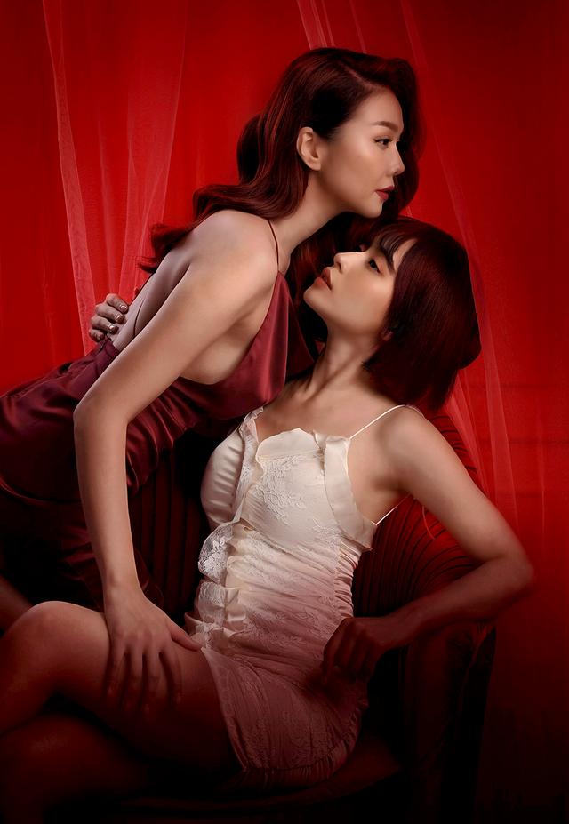 Hé lộ đoạn clip cảnh hôn nóng bỏng của Thanh Hằng và Chi Pu - 2