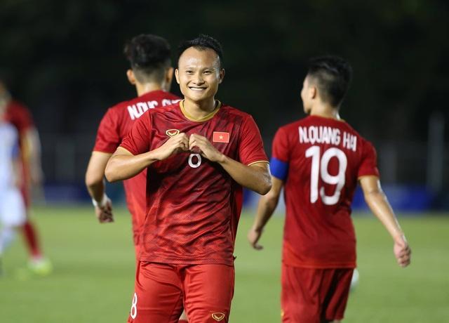 Trọng Hoàng san bằng kỷ lục ghi bàn của Huỳnh Đức và Thanh Bình - 1