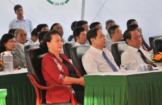 Chủ tịch Quốc hội Nguyễn Thị Kim Ngân dự khai mạc Hội chợ quốc tế tại Cần Thơ - 1