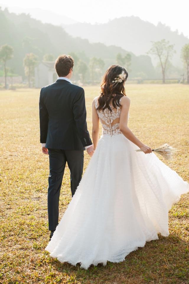 Trước thềm hôn lễ với chồng Tây, Hoàng Oanh khoe trọn ảnh cưới như mơ - 15