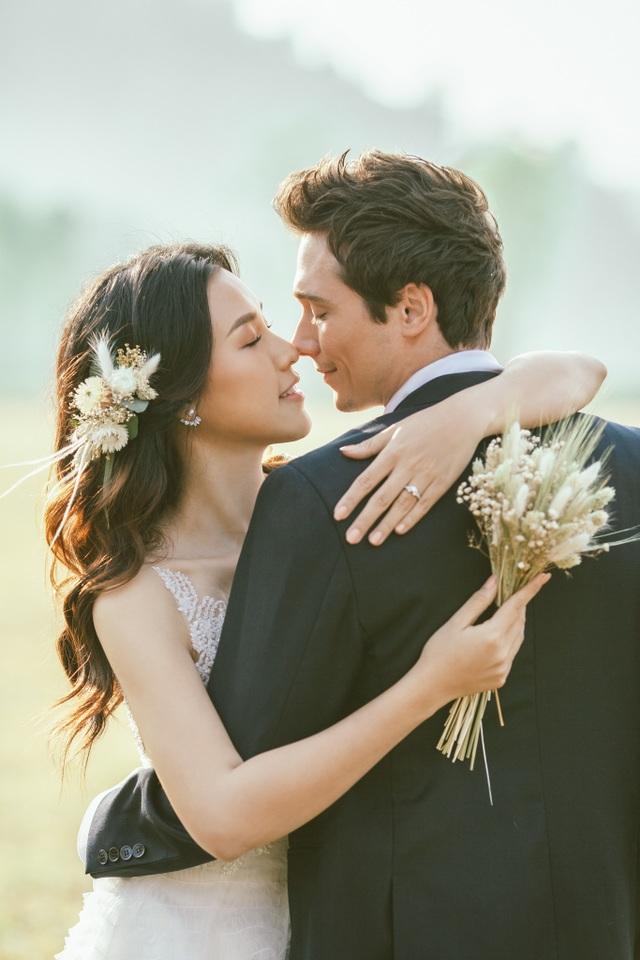 Trước thềm hôn lễ với chồng Tây, Hoàng Oanh khoe trọn ảnh cưới như mơ - 5