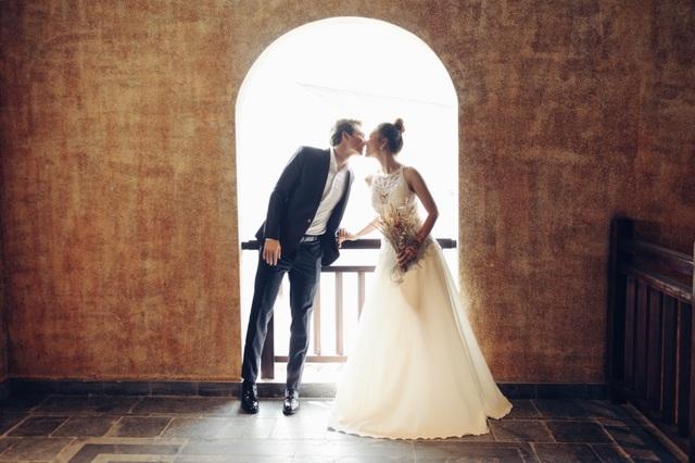 Trước thềm hôn lễ với chồng Tây, Hoàng Oanh khoe trọn ảnh cưới như mơ - 16