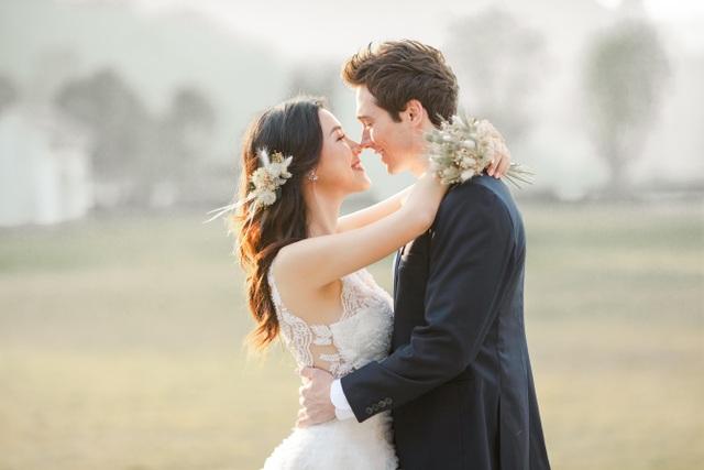 Trước thềm hôn lễ với chồng Tây, Hoàng Oanh khoe trọn ảnh cưới như mơ - 1