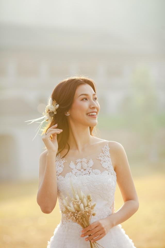 Trước thềm hôn lễ với chồng Tây, Hoàng Oanh khoe trọn ảnh cưới như mơ - 11