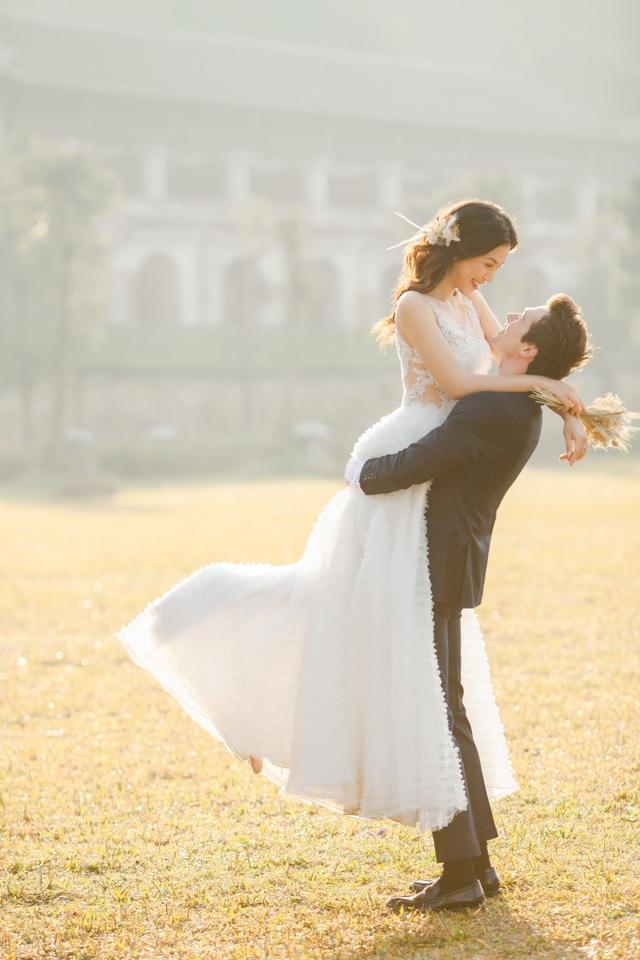Trước thềm hôn lễ với chồng Tây, Hoàng Oanh khoe trọn ảnh cưới như mơ - 12