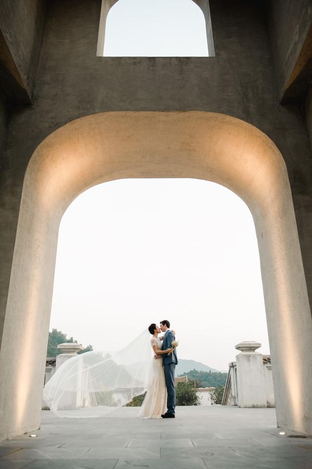 Trước thềm hôn lễ với chồng Tây, Hoàng Oanh khoe trọn ảnh cưới như mơ - 9