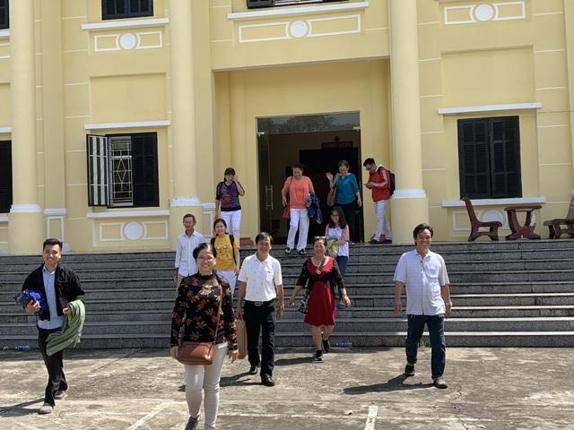 Toà bác đơn kiện đòi cựu sinh viên ĐH Tân Tạo trả học bổng - 1