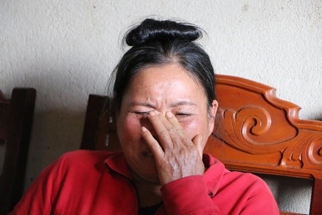 Người vợ bệnh tim chôn chặt nỗi đau mất chồng, nức nở xin con từ bỏ kỳ thi quốc gia - 1