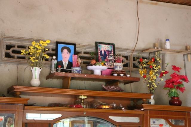 Người vợ bệnh tim chôn chặt nỗi đau mất chồng, nức nở xin con từ bỏ kỳ thi quốc gia - 2