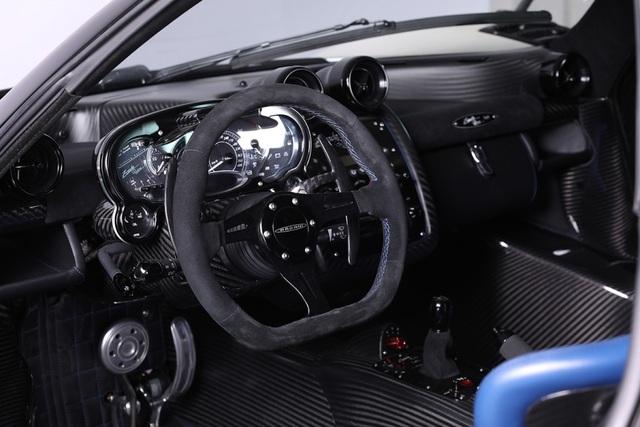 Cận cảnh siêu xe Pagani Zonda Riviera độc nhất giá 5,5 triệu USD - 10