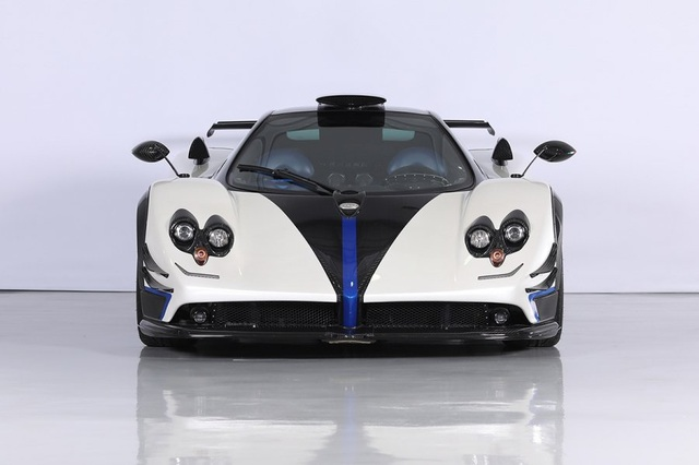 Cận cảnh siêu xe Pagani Zonda Riviera độc nhất giá 5,5 triệu USD - 8