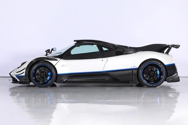 Cận cảnh siêu xe Pagani Zonda Riviera độc nhất giá 5,5 triệu USD - 2