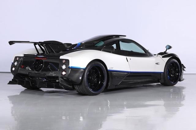 Cận cảnh siêu xe Pagani Zonda Riviera độc nhất giá 5,5 triệu USD - 4