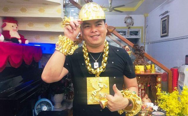 Truy tố Phúc XO - người đeo nhiều vàng nhất Việt Nam - 1