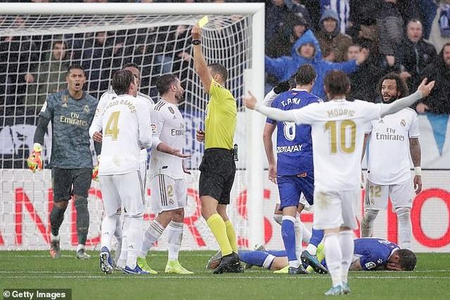 Ramos tỏa sáng, Real Madrid tạm chiếm ngôi đầu bảng La Liga - 6