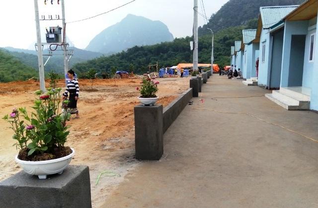 Bản làng vùng biên từng bị lũ cuốn trôi đã có khu tái định cư đẹp như tranh - 5