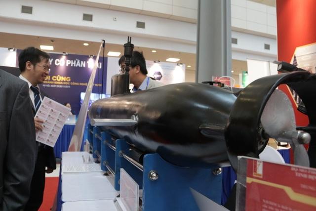 Khám phá  thiết bị lặn không người lái Dolphin - 2