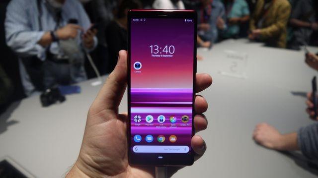 Sony bất ngờ bán Xperia 5 tại Việt Nam, giá 19,99 triệu đồng - 1