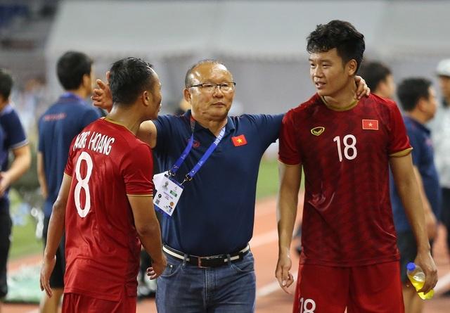 Cảm xúc đặc biệt của HLV Park Hang Seo trong trận đấu với U22 Indonesia - 9
