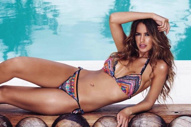 Bạn gái James Rodriguez diện bikini khoe vóc dáng nuột nà, gợi cảm - 1