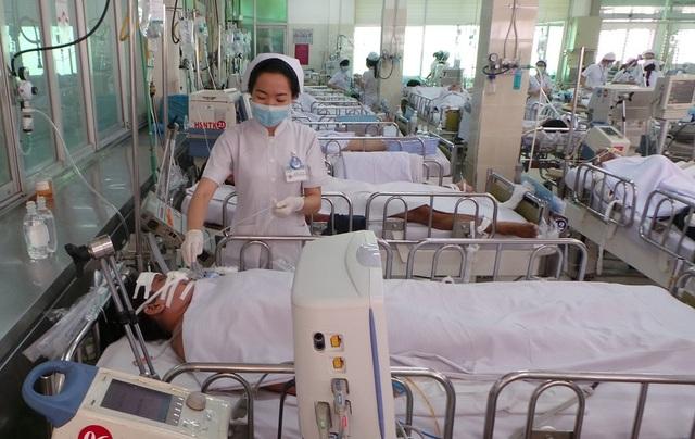 Cấp cứu ngưng tim, ngưng thở nhân viên y tế cũng… lơ mơ - 2