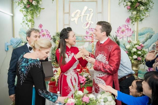 Vợ chồng Hoàng Oanh cấp cứu trước ngày cưới, xúc động trao nhầm nhẫn trong Lễ vu quy - 19