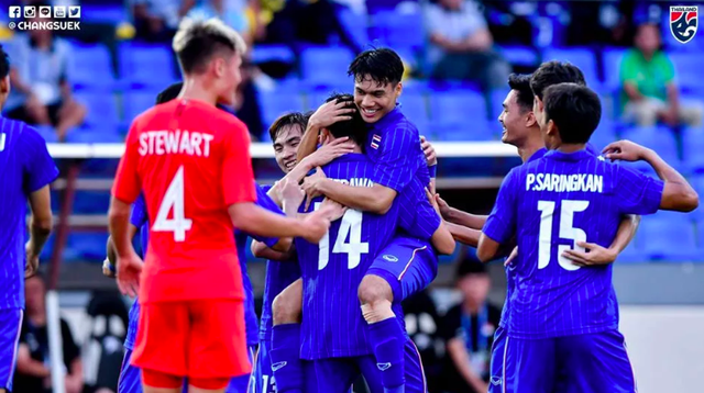 Báo Thái lại tâng bốc đội nhà sau chiến thắng trước U22 Singapore - 1