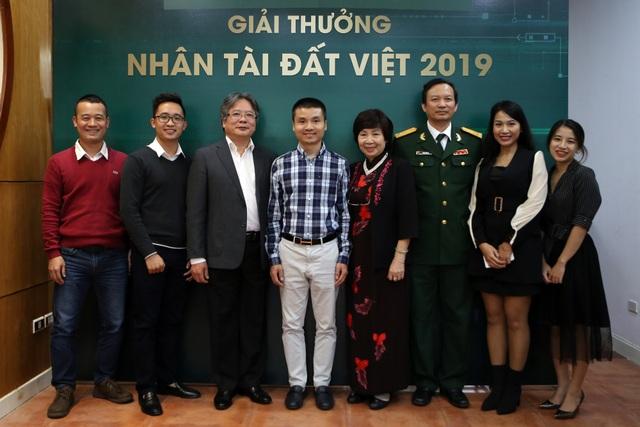 Quán quân Nhân tài Đất Việt 2019 hân hoan gặp lại nhau sau Lễ trao giải - 1