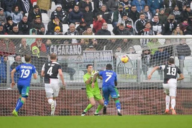 Buffon hóa tội đồ, Juventus bị truất ngôi đầu bảng - 3