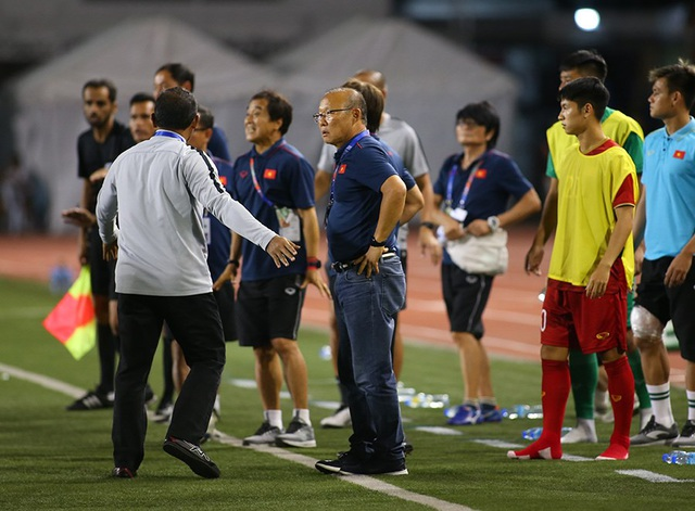 Cảm xúc đặc biệt của HLV Park Hang Seo trong trận đấu với U22 Indonesia - 8
